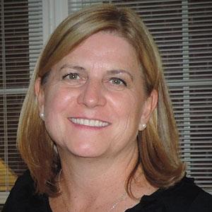 Heather Farnworth Headshot
