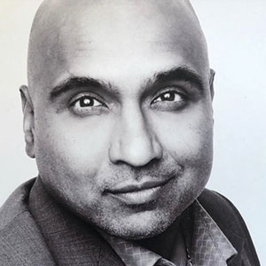 Prav Pillay Headshot