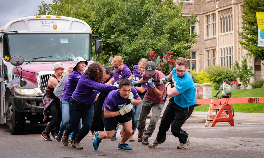 Artsci Bus Pull Team